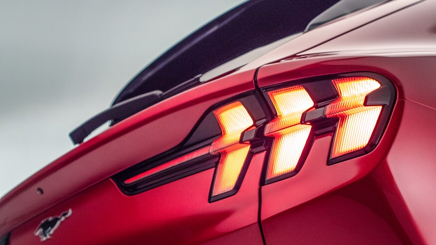 2021-Ford-Mustang-Mach-E-taillight-2.jpg