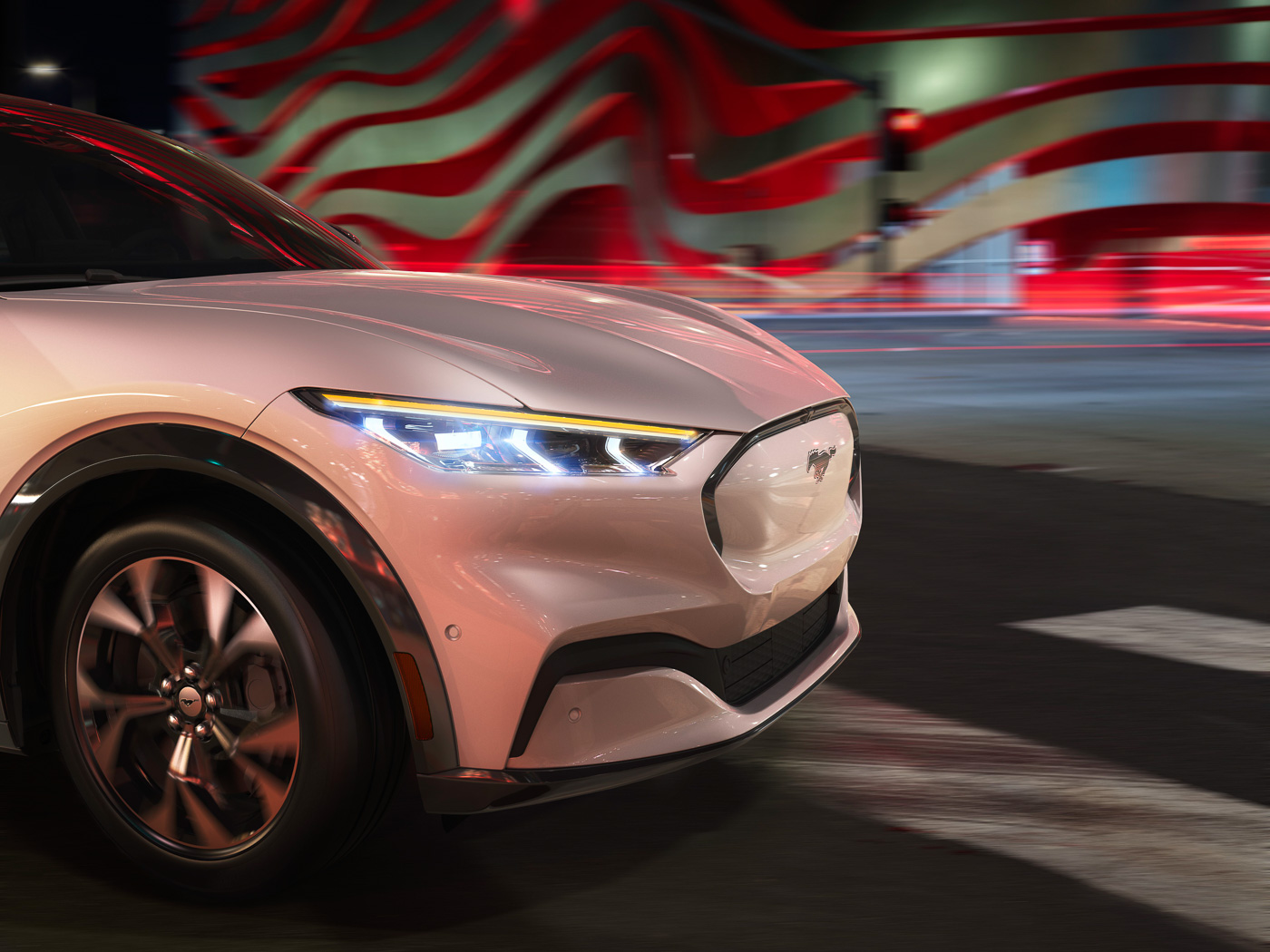 2021-Mach-E-Mustang-Ford-Electric-SUV--3.jpg